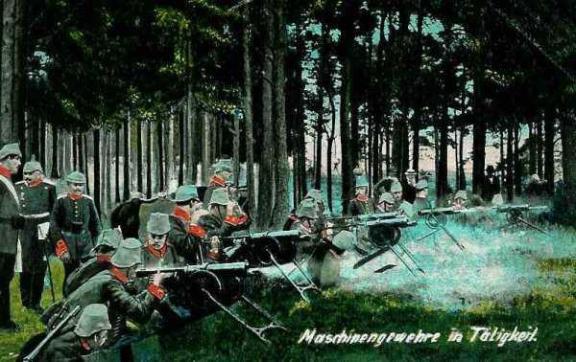 Maschinengewehre in Tätigkeit. Mitrailleuses allemandes en action